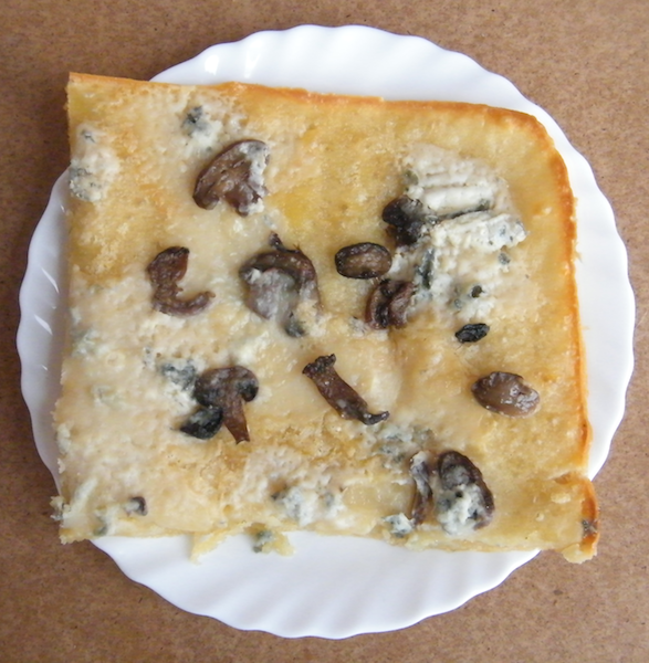 Focaccia funghi e gorgonzola