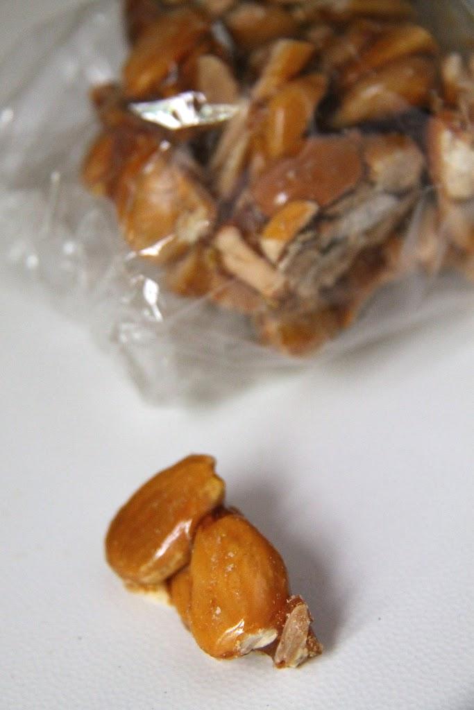 Cupeta Salentina (croccante di mandorle)