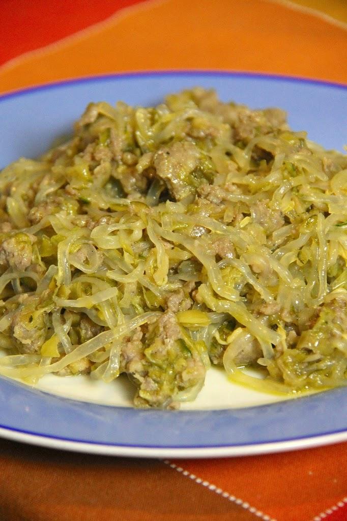 Shirataki con salsiccia e verdure