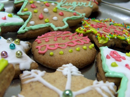 Biscotti di Natale decorati da appendere all'Albero