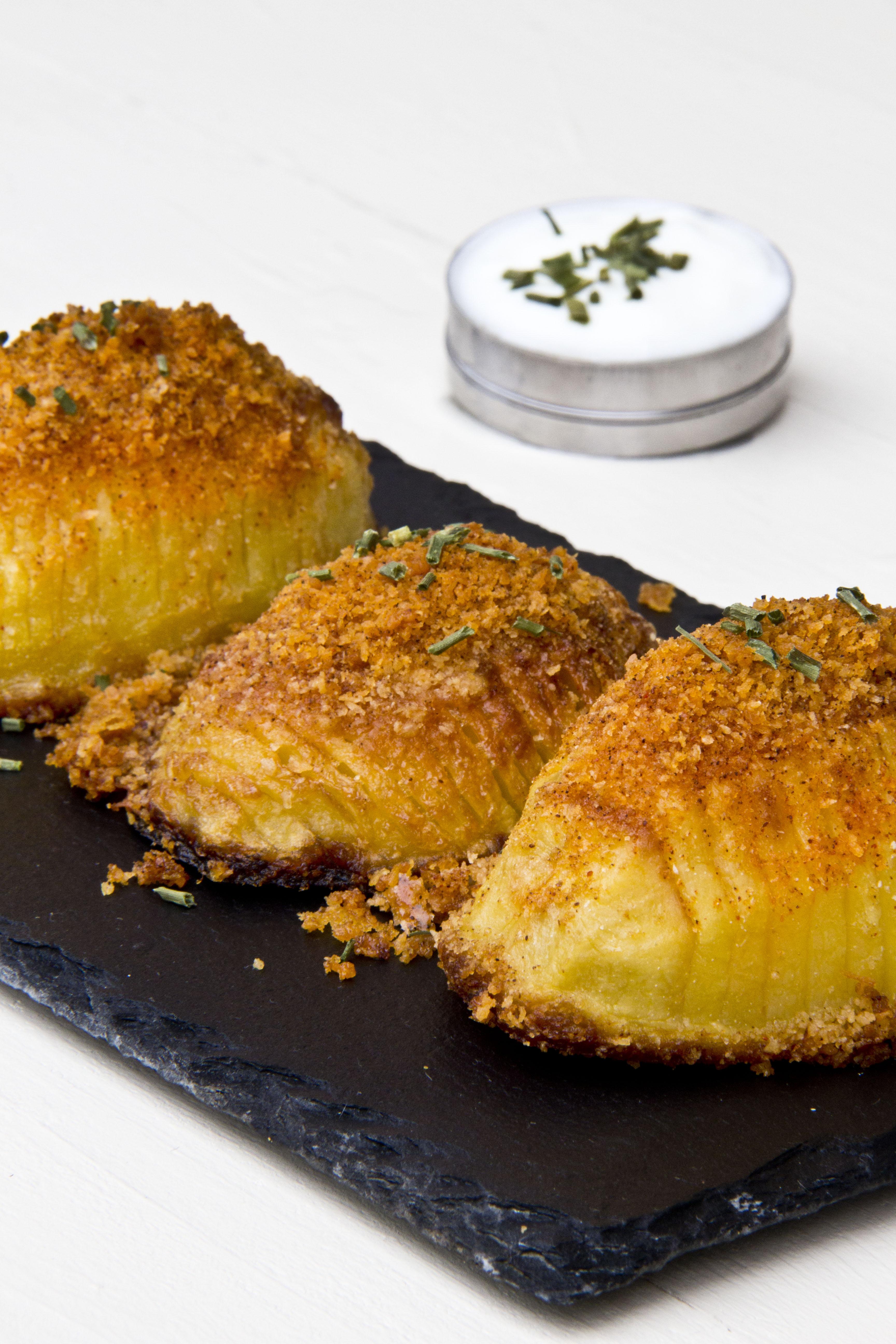 PATATE HASSELBACK al formaggio | croccanti, gustose e facilissime