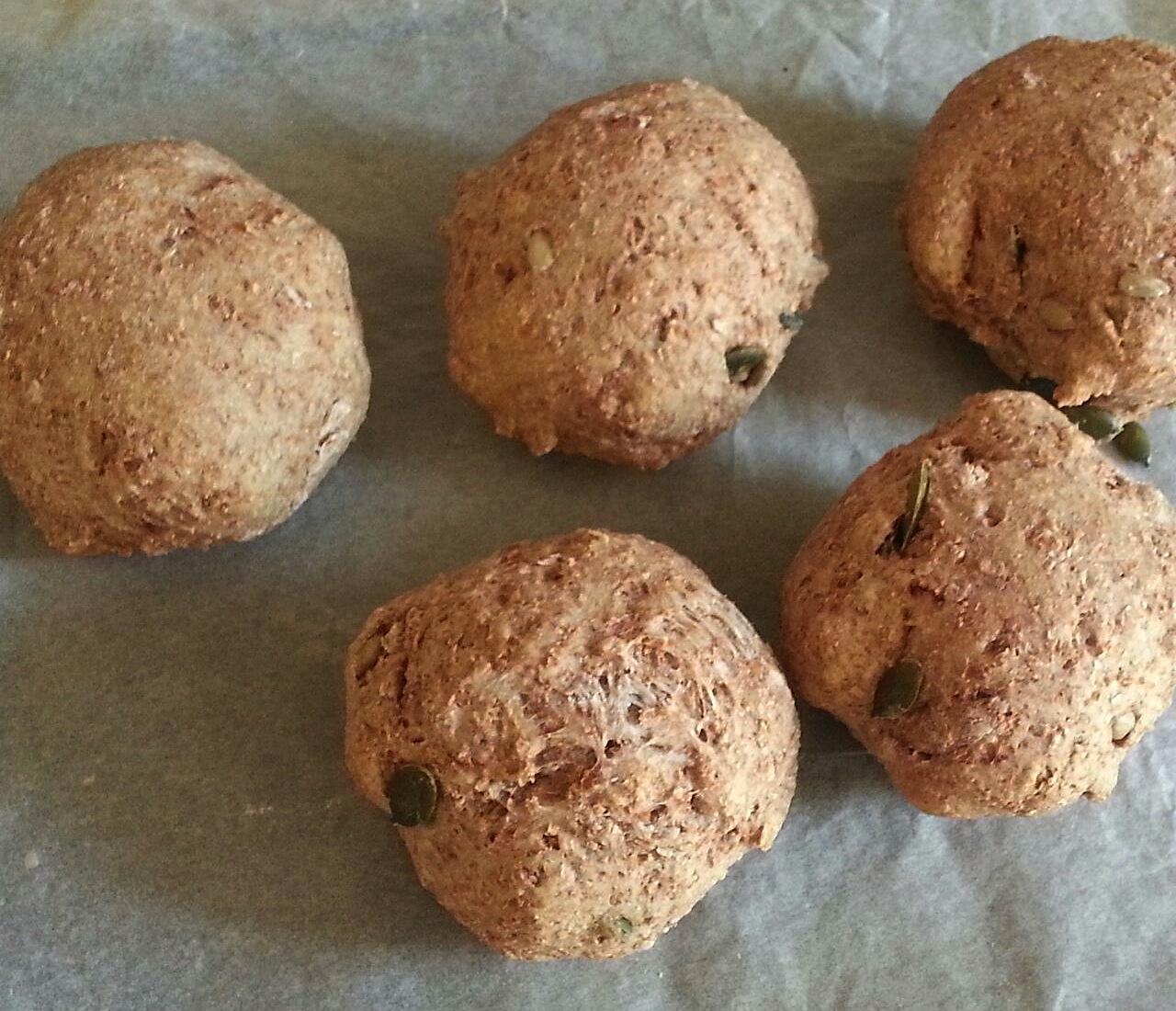 Panini integrali con semi di zucca