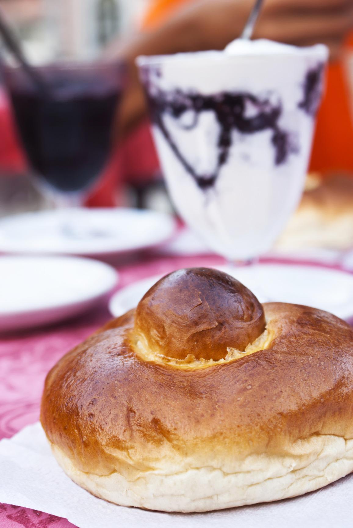 BRIOCHE COL TUPPO ricetta originale siciliana