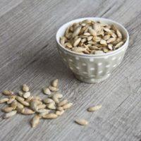 SEMI DI ZUCCA TOSTATI SALATI | ricetta velocissima al microonde