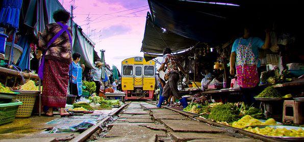 THAILANDIA: Viaggio alla Scoperta dello Zenzero Dorato
