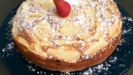 TORTA DI FRAGOLE E MELE LIGHT